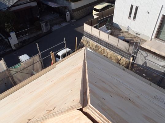屋根の勾配角度が43.5312度2