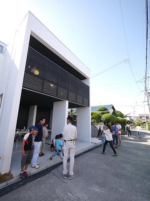 オープンハウス:「サンルームをもつモダンな家」が終了2