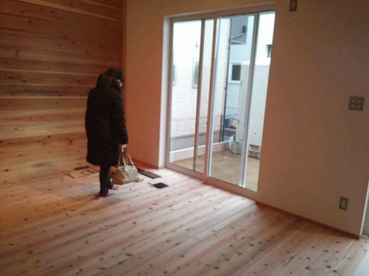 オープンハウス:「杉の壁を活かしたナチュラルモダンな家」が終了4