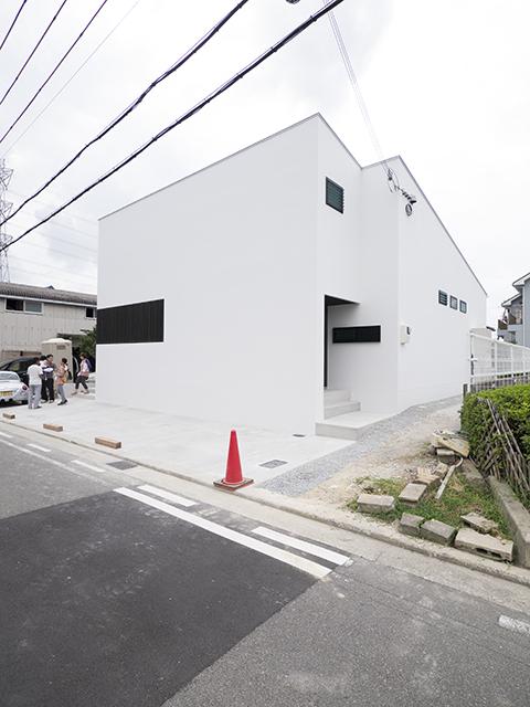オープンハウス:「中庭をもつ平屋の家」2