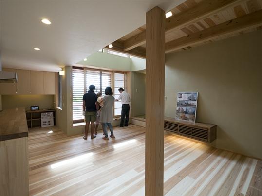 「丘陵地に建つ和風住宅」のオープンハウス1日目2