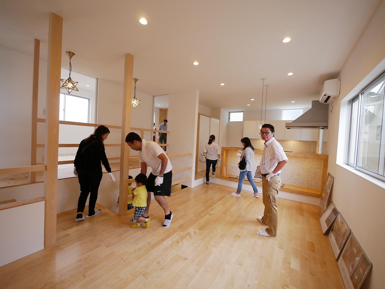 オープンハウス:「焼板を活かしたモダンな家」
