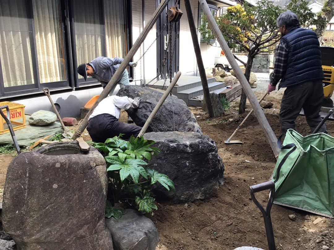 完成に向けて造園工事中1